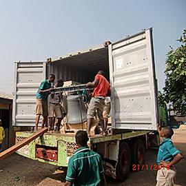 Vermittelte Glocken in Ghana angekommen